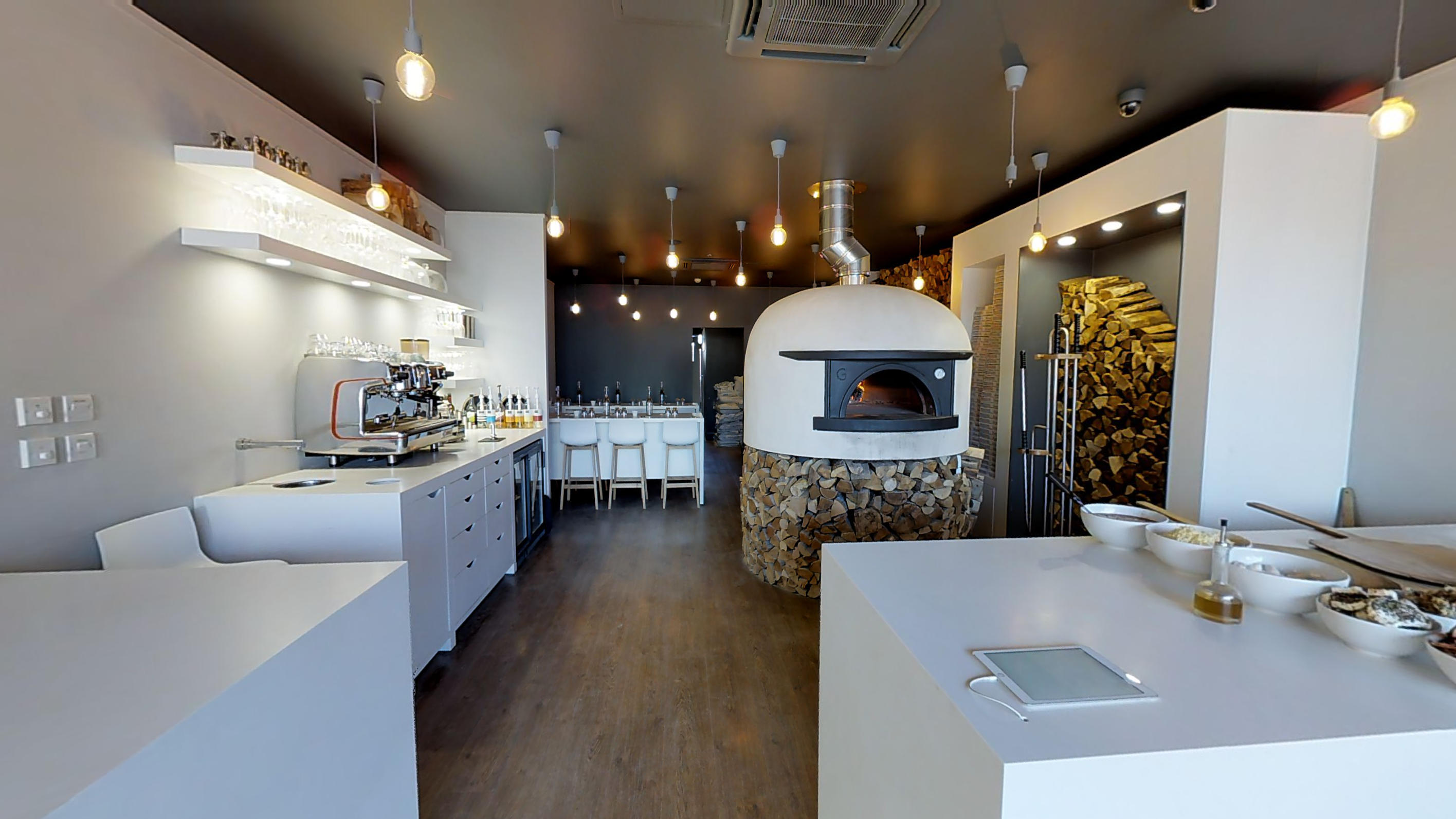 Stoned Pizza Restaurant