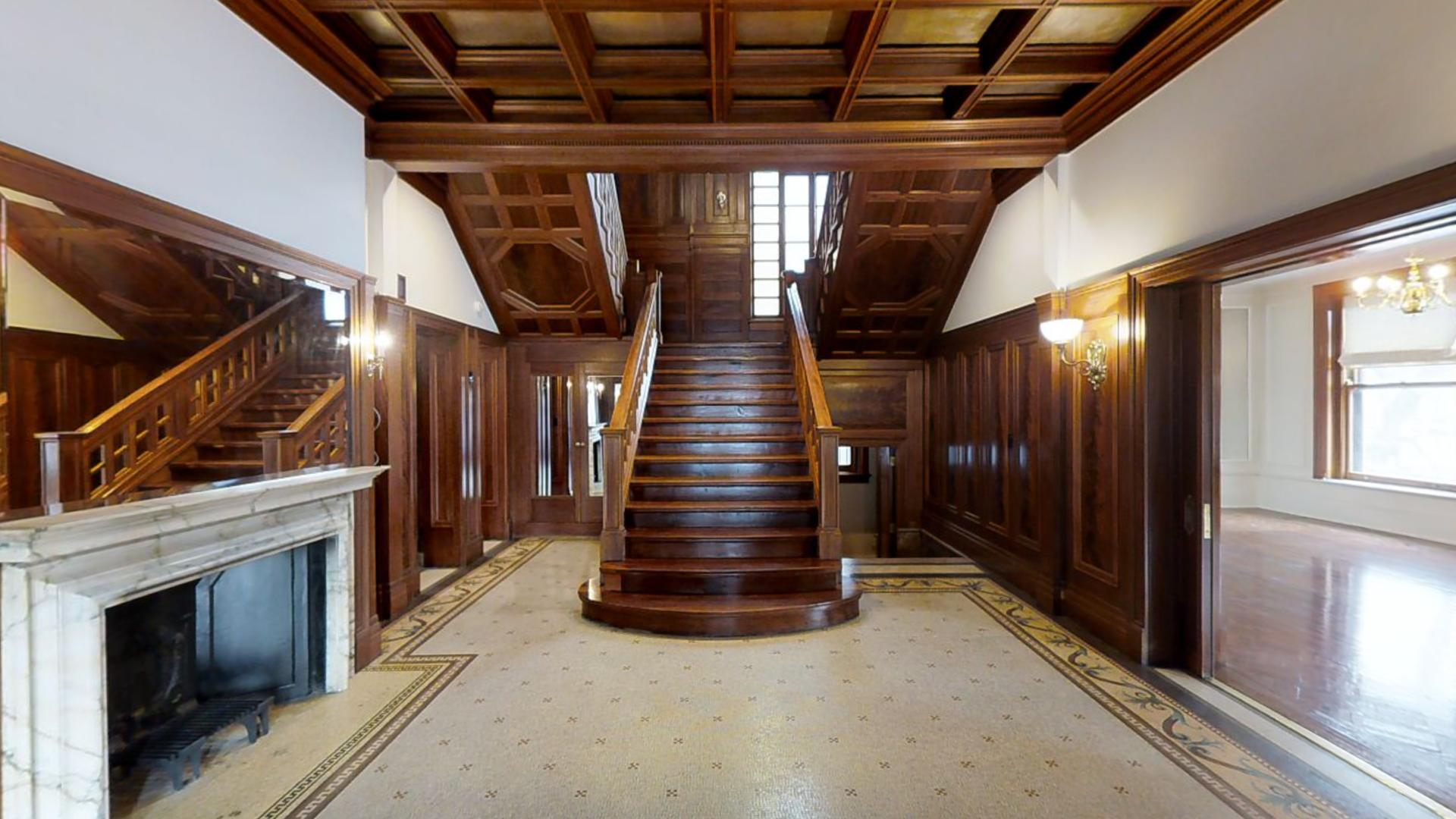 Chicago's Historic Wrigley Mansion