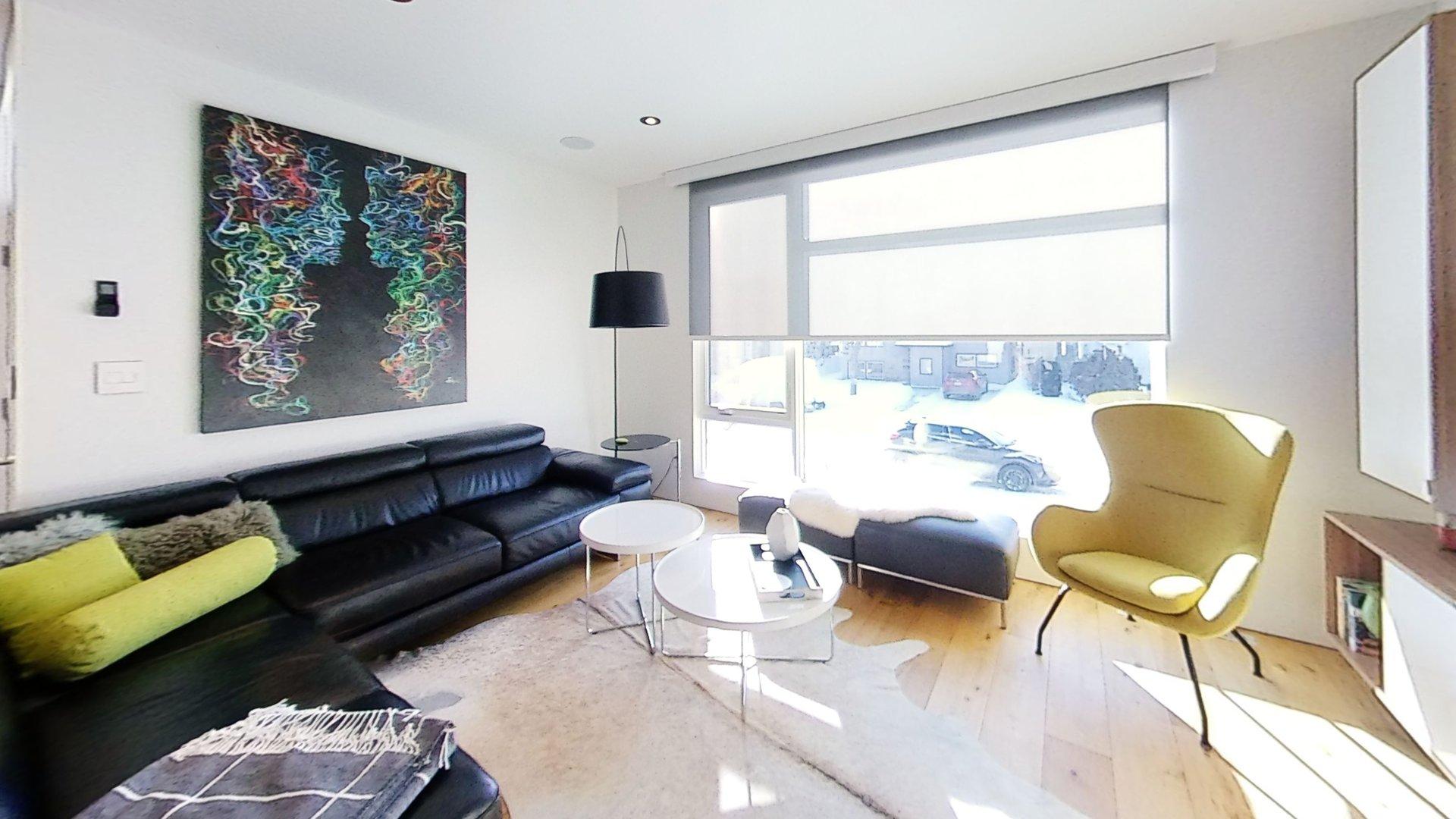 Modern Home: Regina, Saskatchewan, Canada