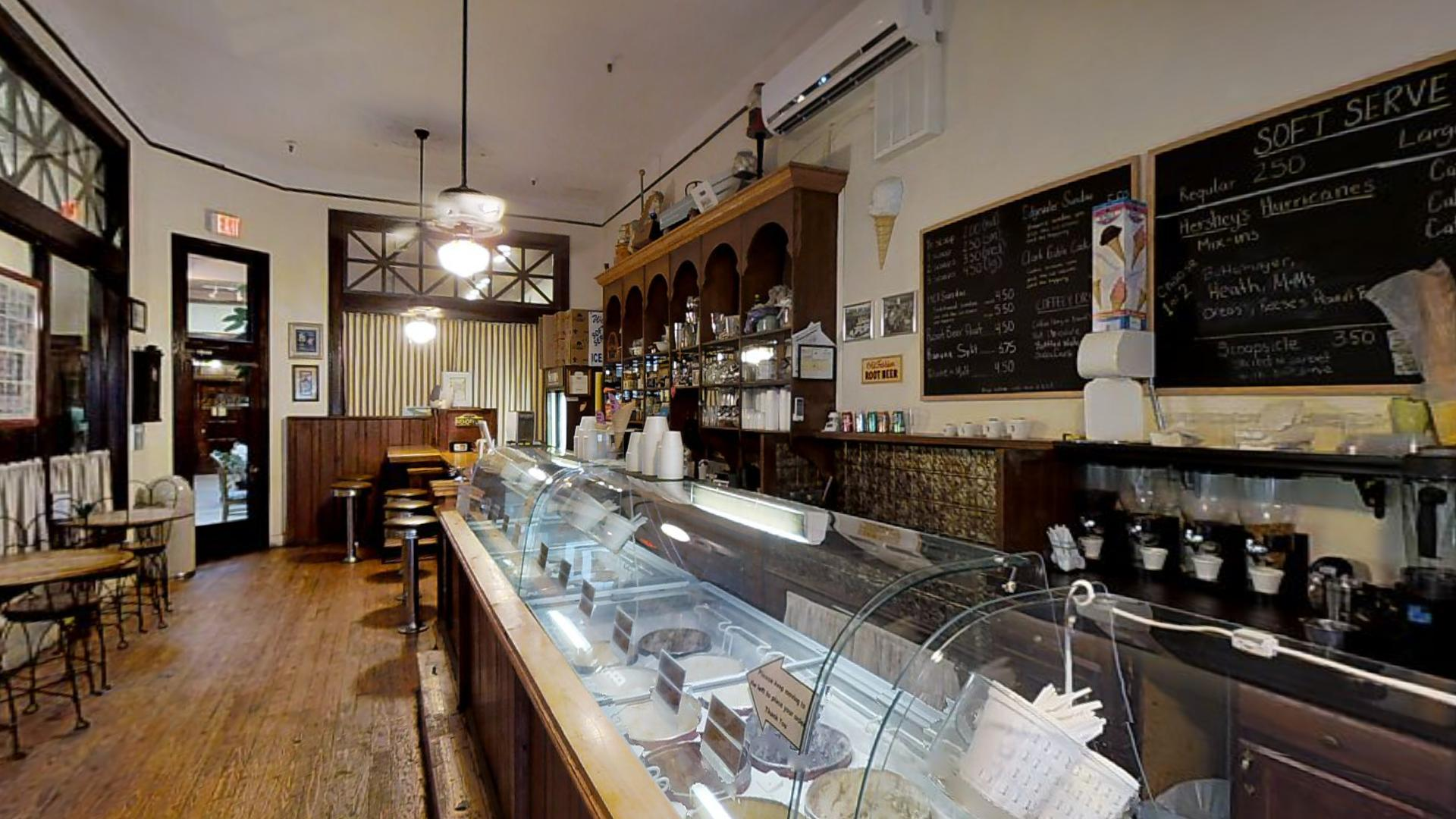 scoops old fashion ice cream parlor matterport