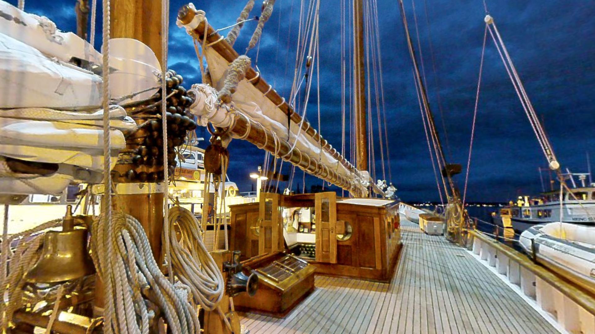 Schooner Zodiac Sailing Ship