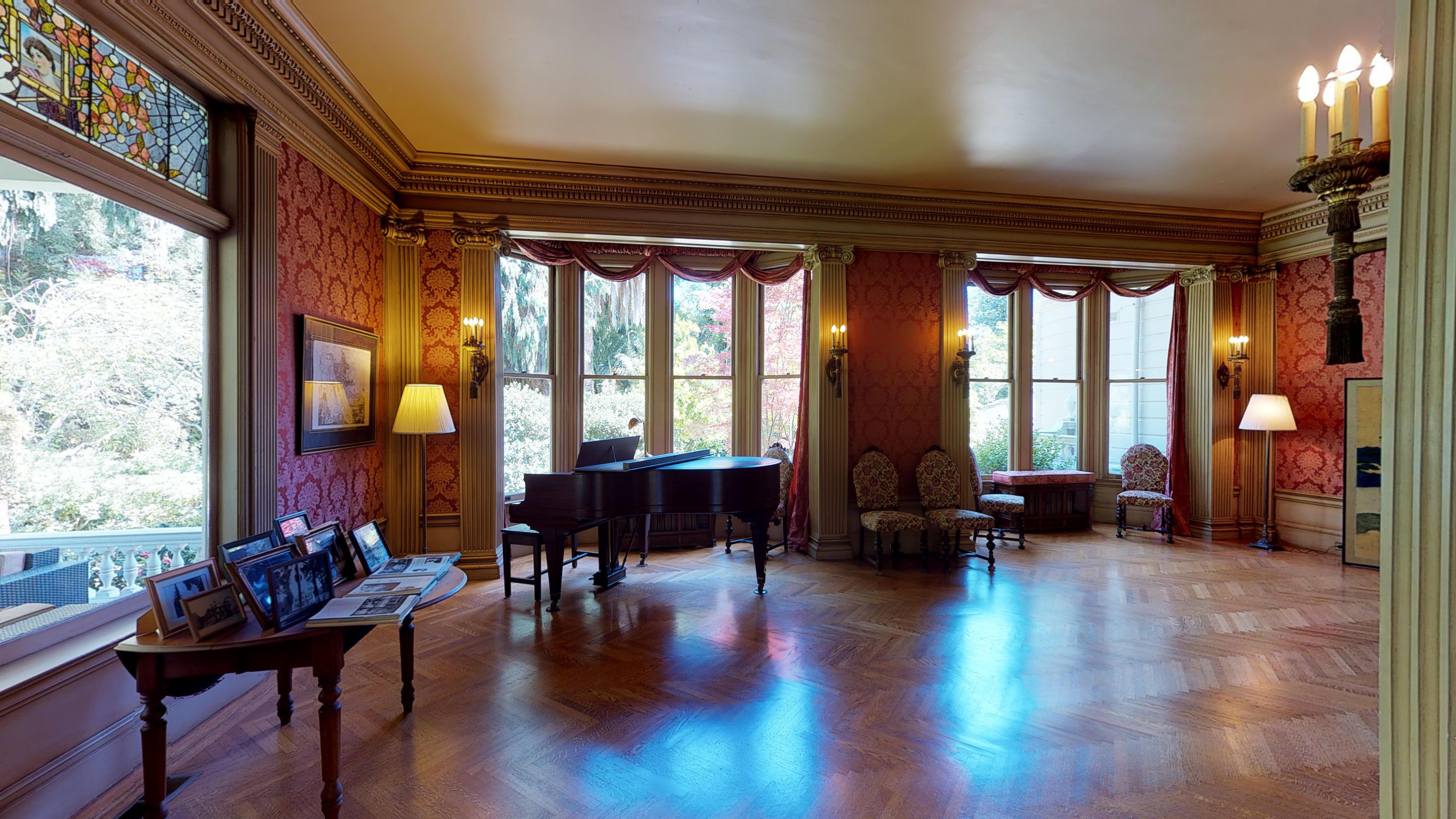 [Pro2] Victorian Tudor Mansion