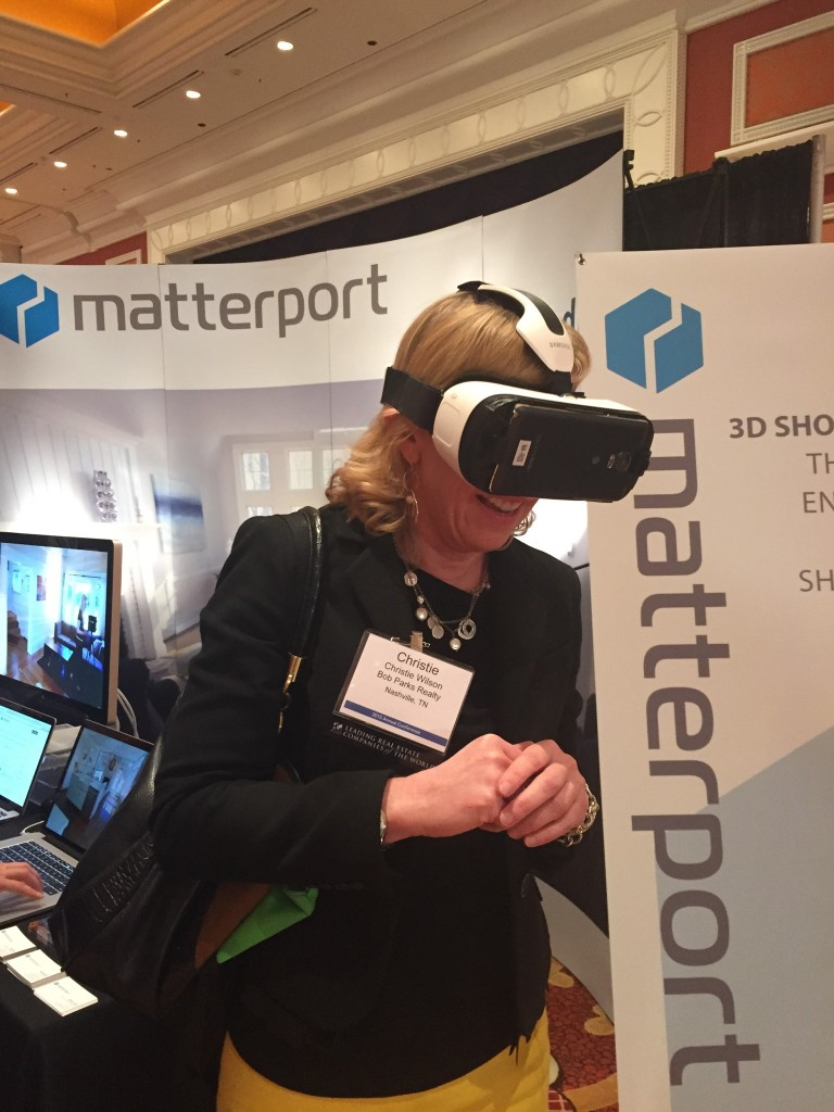 Gear VR Virtual Reality Demo at  LeadingRE